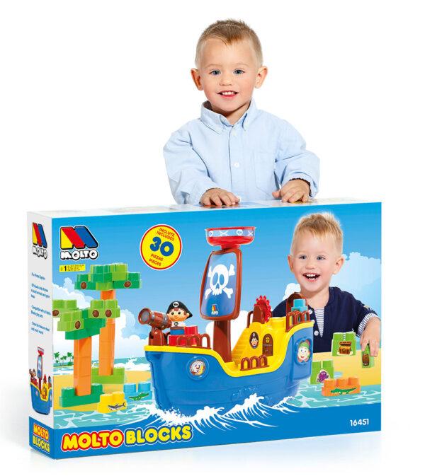 Fotografia y packaging barco pirata de juguete