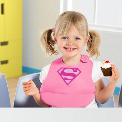 Fotografia niños baberos superheroes